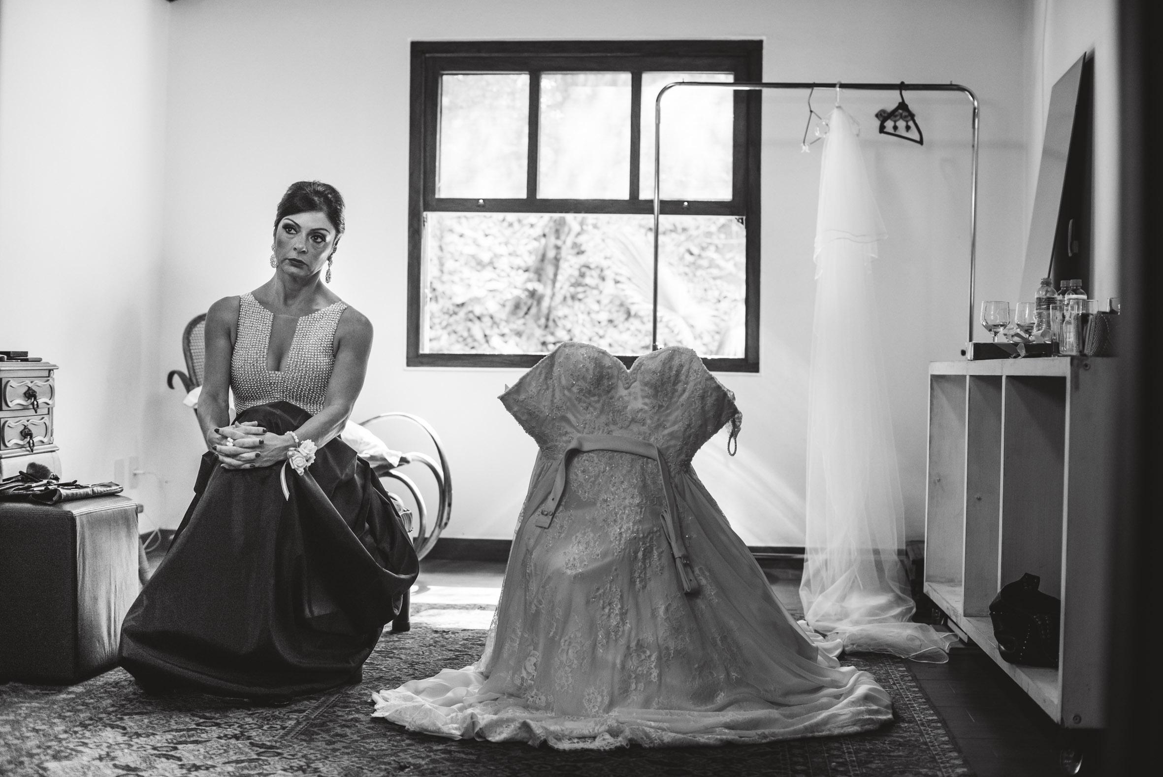 Fotografia de casamento, festa, noivos, cerimonia, vestido, ensaio, making of, noiva, véu, sapato, noivo, brinco, mãe
