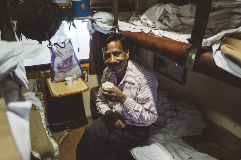 A vida nos trilhos indianos.